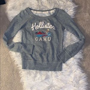Hollister pull over sweater